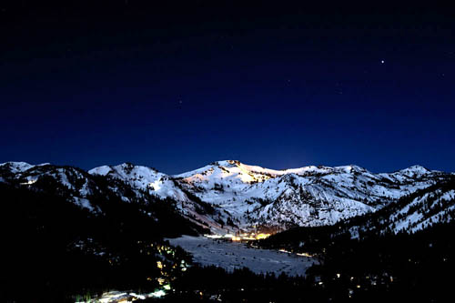 Station de ski by night